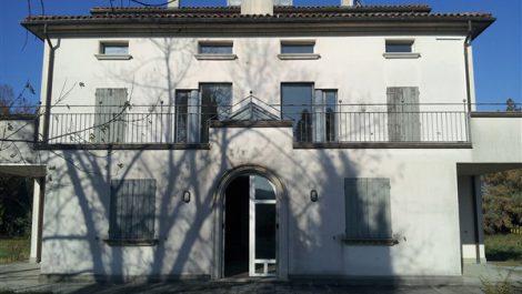 Villa indipendente con ampio giardino bellissimo panorama